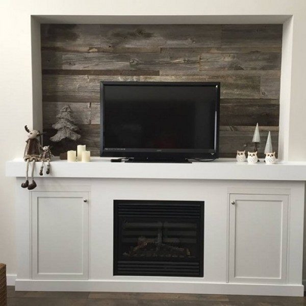 Accent wall using reclaimed grey weathered wood